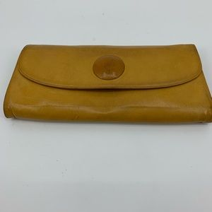 Hobo clutch leather mustard yellow organizer